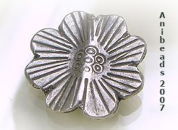 Blume mit 8 Blätern  ca.21mm  Hill Tribe 950 Sterling Silber