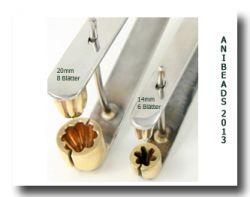 Bellflower-Press/Formzange f. Glockenblumen 12 mm, 5 Blütenblätt